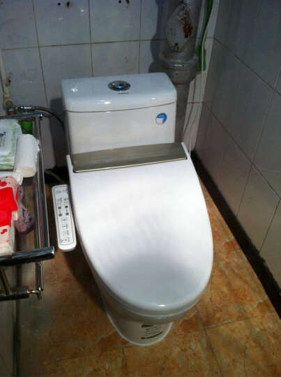 卫浴房间巧收纳
