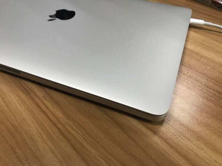 Apple MacBook Pro 13.3英寸笔记本电脑 银色(2017款Multi-Touch Bar/Core i5/8GB/256GB MPXX2CH/A) 晒单图