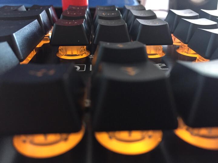 新盟游戏键盘鼠标套装有线金属电竞背光牧马人吃鸡机械手感键盘电脑网吧usb键鼠套装lol外设耳机三件套 黑色橙黄光键盘+牧马人三代金属静音黑鼠标 晒单图