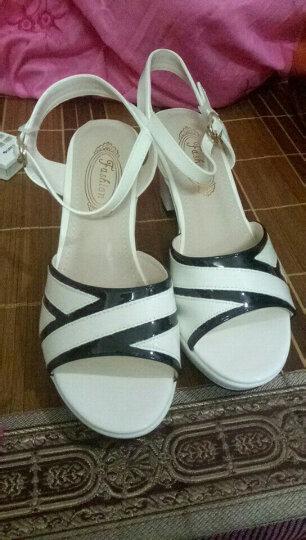 雅诗莱雅凉鞋女 新款粗跟时尚百搭扣带鱼嘴防水台高跟女鞋 B308N20HJ白色 39 晒单图