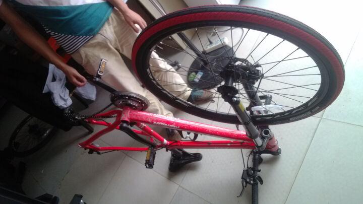 雪莲花单车(XLHBIKE) 玛吉斯自行车胎外胎26x1.5山地车骑行单车半光轮胎M型花纹自行车配件 红色外胎+正新美嘴内胎+胎垫(一对) 26.1.5 晒单图