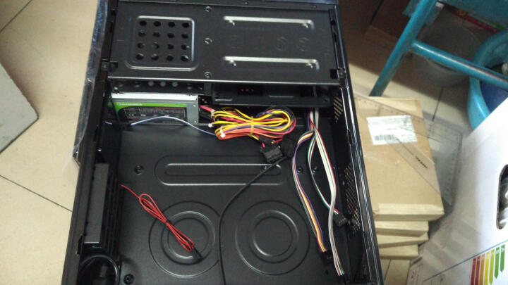 游戏帝国(GAMEMAX)小精灵 黑色 迷你机箱(支持MICRO主板/机箱电源套装/U3/读卡器/带风扇/带230W电源) 晒单图