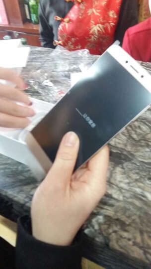 乐视(Letv)乐1S 太子妃版 32GB 金色 移动联通4G手机 双卡双待 晒单图