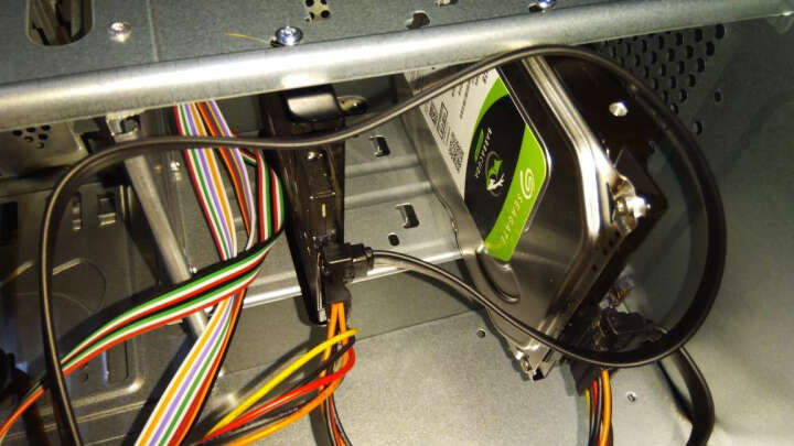 技嘉 H310主板 游戏 电脑主板 支持i3 9100F i5 9400F CPU 1151针 H310M S2 2.0【人气小板】 【主板/固态硬盘】金士顿UV400 120G 晒单图