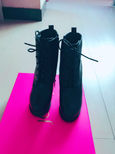 Josiny/卓诗尼2016冬季新款中跟短靴女粗跟系带加绒马丁靴女靴子商场同款 黑色 34 晒单图