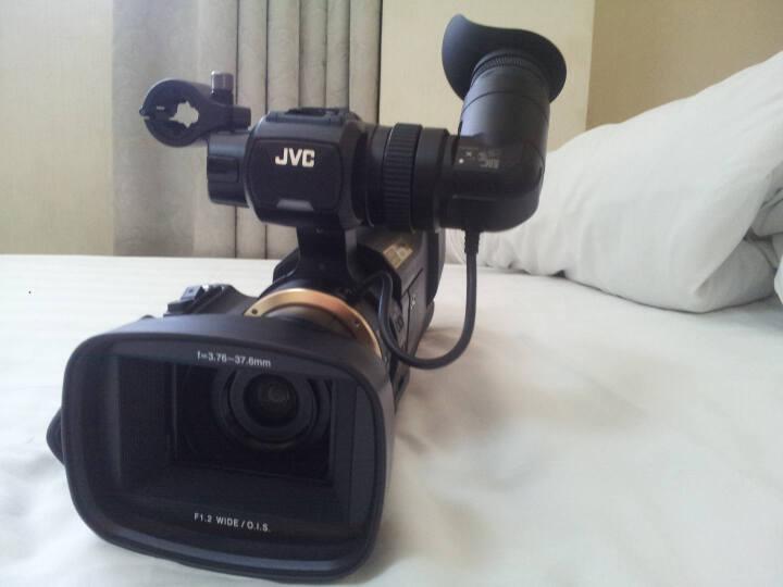 JVC JY-HM95AC 肩扛式高清数码摄像机 婚庆/会议/教学/直播 专业数码高清摄像机 晒单图
