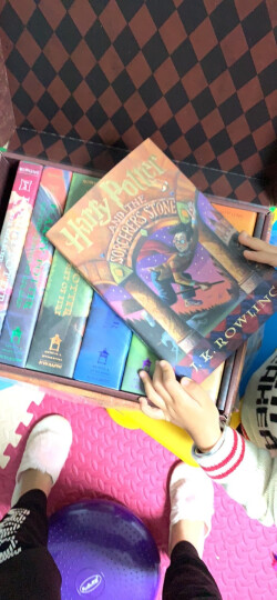 Special Edition Harry Potter Paperback Box Set: 1-7哈利·波特(特别版本套装) 英文原版 晒单图