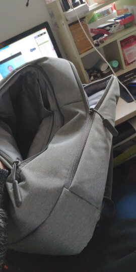 小米(MI)极简都市双肩包 休闲商务笔记本电脑包14英寸 男女书包双肩背包 浅灰色 晒单图