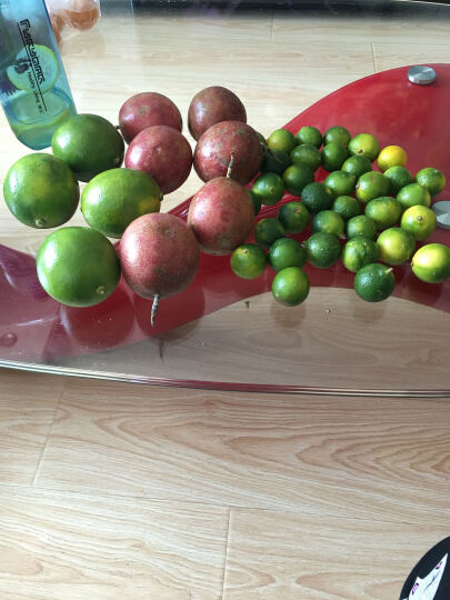 祖母绿海南鲜果汁水果组合 青柠檬 小青金桔 百香果1.5kg 晒单图