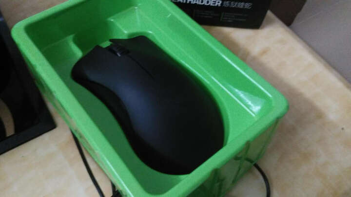 雷蛇(Razer)蝰蛇游戏鼠标 Deathadder 1800 DPI 有线游戏鼠标 黑色 电竞鼠标 晒单图