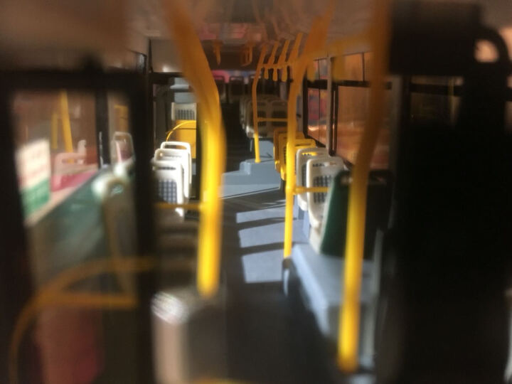 壹号站台|原厂1:43上海公交车 客车模型 可开门仿真合金巴士模型玩具送路牌 收藏包邮 空调周南线 晒单图