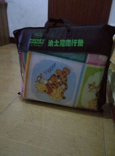 Disney迪士尼爬行垫宝宝双面加厚婴儿爬爬垫 维尼多彩世界+米奇爱运动 200*180*0.6cm 晒单图