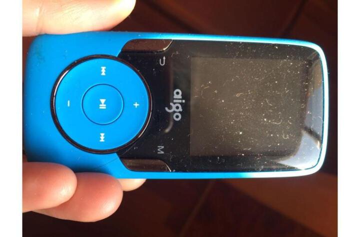 爱国者(aigo)MP3-102跑步运动型蓝牙MP3播放器无损HIFI音乐有屏迷你MP4 102黑色/ 8G官方标配+原装充电器 晒单图