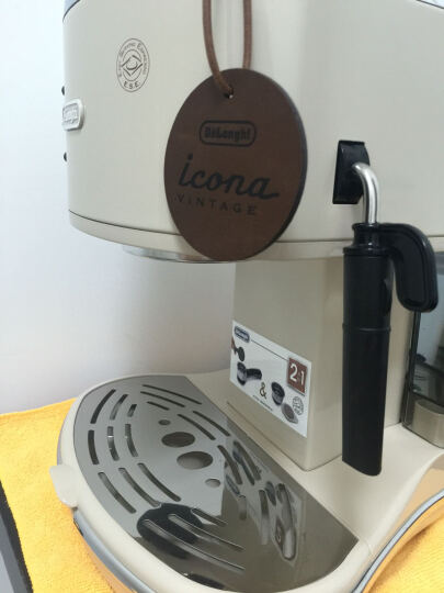德龙(Delonghi)咖啡机 半自动咖啡机 意式浓缩 家用 商用 办公室 复古泵压式不锈钢锅炉 ECO310 奶油白 晒单图