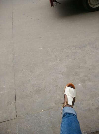 夏季新凉鞋女平底休闲沙滩鞋松紧舒适厚底鱼嘴妈妈鞋凉鞋中年鞋 米白色 39 晒单图