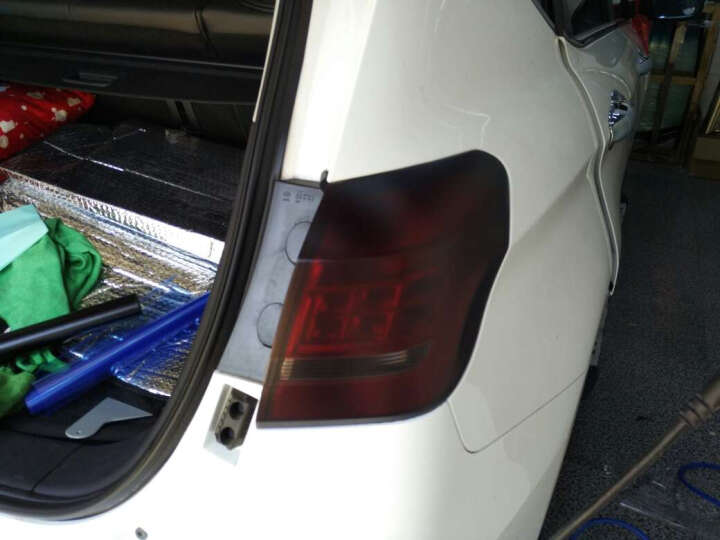 卡莱克高亮黑车顶改色膜 汽车外饰天窗贴膜改装车顶膜 个性改装车型通用 亮红1.52*18米 晒单图