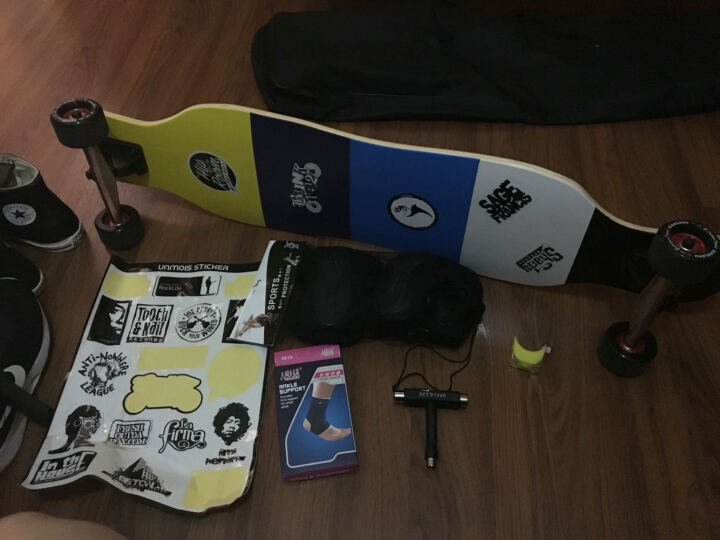 长板滑板 四轮滑板枫木公路速降板成人代步滑板韩国女孩舞板专业降速公路板刷街四轮双翘单翘滑板 冲浪骑士速降小礼包 晒单图