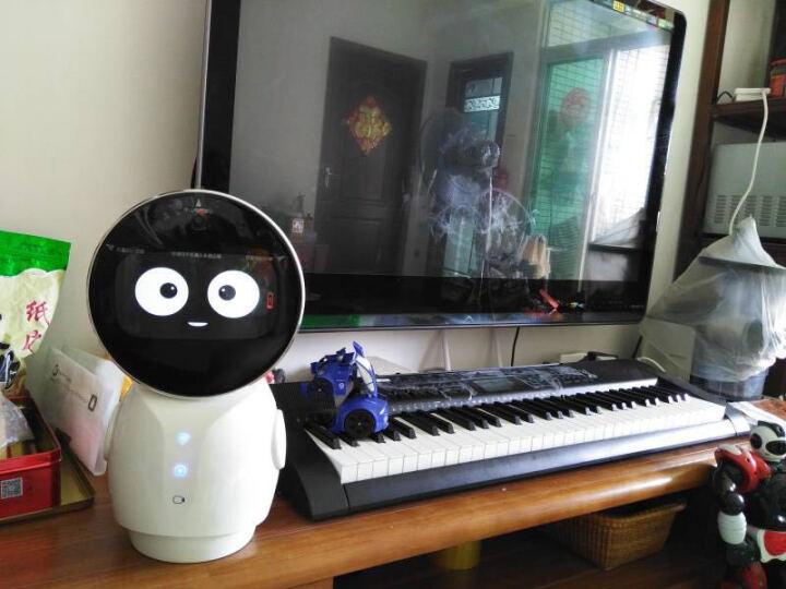 小忆机器人 智能语音互动 家庭智能机器人 高科技礼品 高清视频四轴转动 白色 晒单图