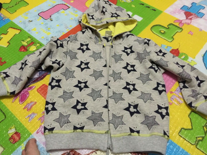 迪士尼宝宝 儿童春秋款外套卫衣 宝宝针织连帽上衣外套 花灰底星 90 晒单图