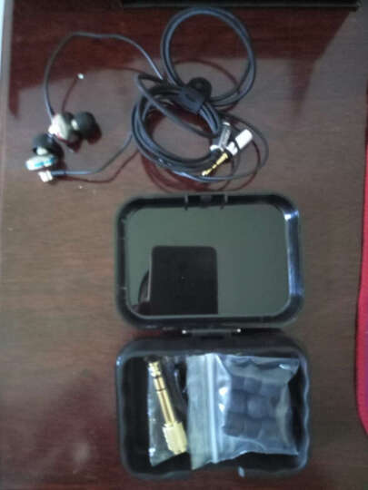 达音科(DUNU)TITAN-1 钛振膜入耳式HIFI手机音乐耳机 钛金属色t1 晒单图