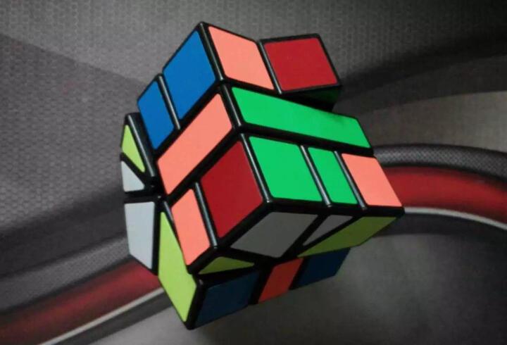 圣手二阶三阶魔方3阶精选异形套装组合礼盒装镜面三角金字塔益智玩具初学者专业顺滑速拧比赛专用 7种异形魔方组合 晒单图