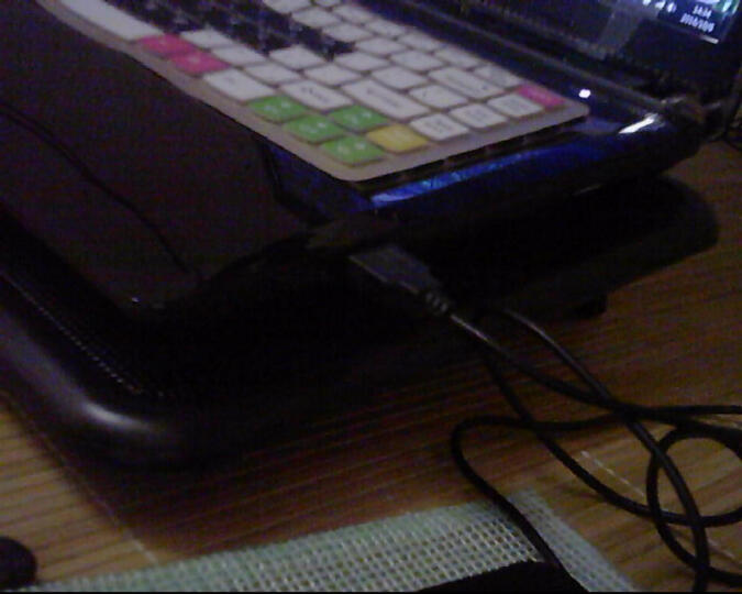 诺西(NUOXI)诺M2 笔记本散热器 (笔记本支架/散热垫/电脑配件/2风扇/静音散热架/黑色/15.6英寸) 晒单图