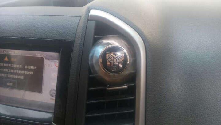 奥美斯(AOMIS) 车载太阳花出风口香水 创意车标旋转空调风口香水 变形金刚博派标 2个装 晒单图