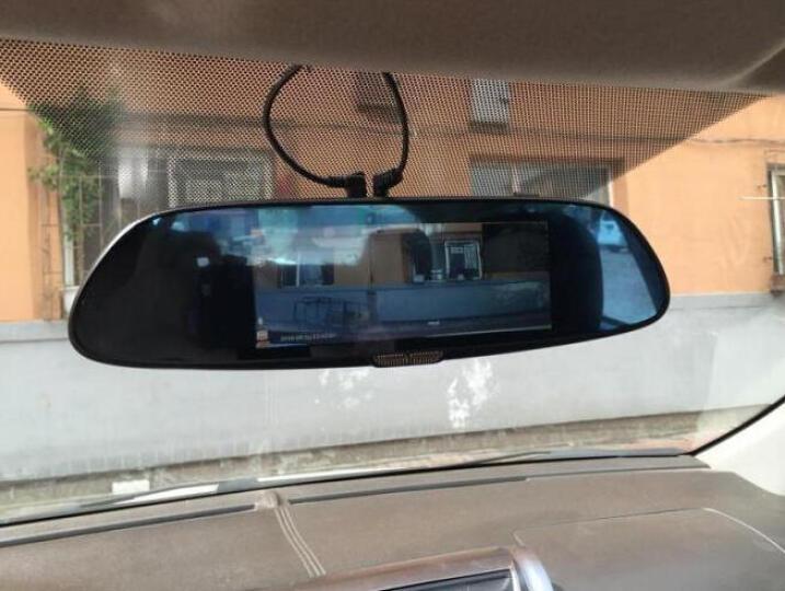 丁威特 新款10英寸行车记录仪流媒体高清无光夜视前后双录双镜头全景倒车影像电子狗后视镜一体机 赠品链接勿拍 晒单图
