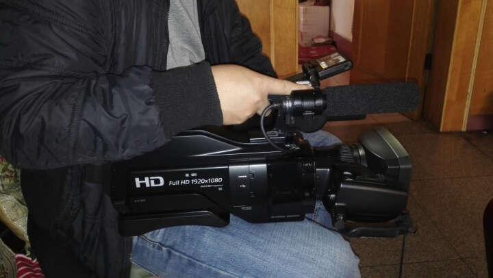 索尼(SONY)HXR-MC2500 专业肩扛式全高清摄像机 解决方案二活动/会议拍摄套装 晒单图