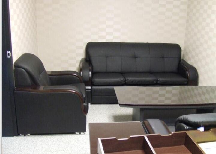 企品办公家具总经理室韩式日式办公沙发办公室现代商务接待会客办公沙发茶几组合 真皮 三人位 晒单图