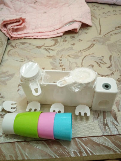 挂壁式牙刷架套装漱口杯创意吸盘牙刷架子牙刷杯洗漱组合套装用具浴室置物架 三口之家 晒单图