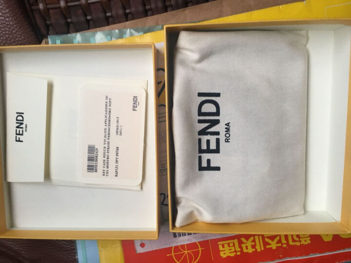 FENDI 芬迪 男士KEY RING系列绿色牛皮小恶魔图案零钱包钥匙包 7AR534 07A F08DE 晒单图