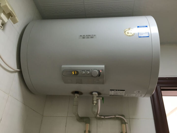AO史密斯(A.O.Smith)ET200J-60B 电热水器 60升 晒单图