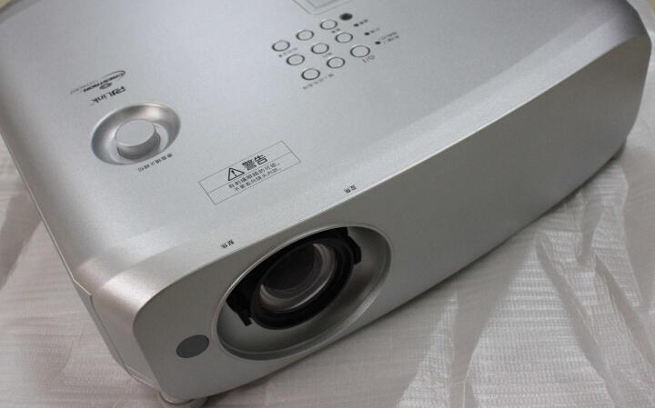 松下(Panasonic) 高清投影仪 商务 高亮工程投影机 PT-BX650C 标配+250英寸图迈高清玻纤电动幕布 晒单图