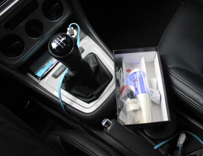 VOSSTR 车载加湿器空气净化器出风口香薰 随身便携式 USB汽车负离子 珍珠白 晒单图