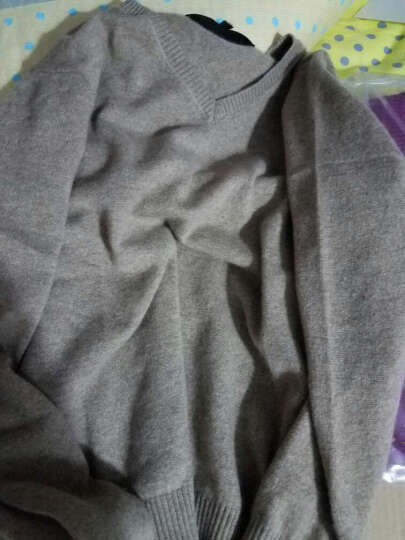 红莲HONGLIAN 秋冬纯羊绒衫女 百搭纯色v领打底衫毛衣女 暗灰色 100/L 晒单图