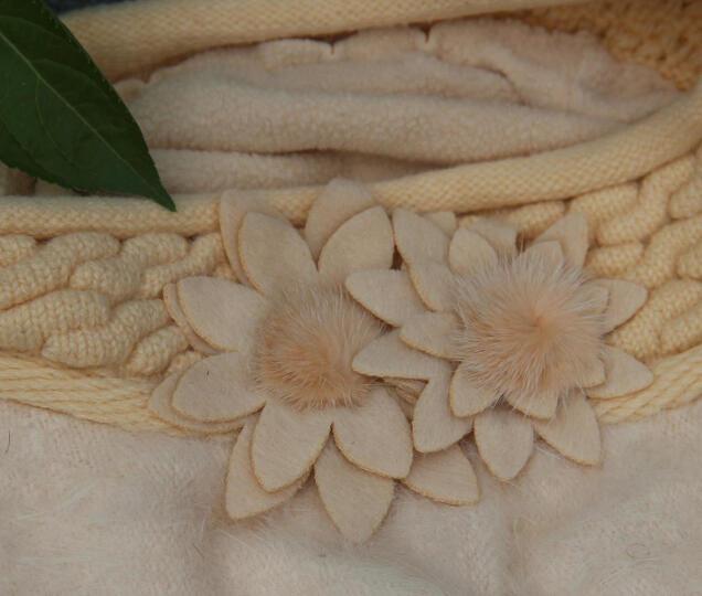 XINBUCKS毛线帽子女冬天护耳双花兔毛帽贝雷帽保暖加厚针织套头帽双层包头产妇月子帽 米白色 晒单图