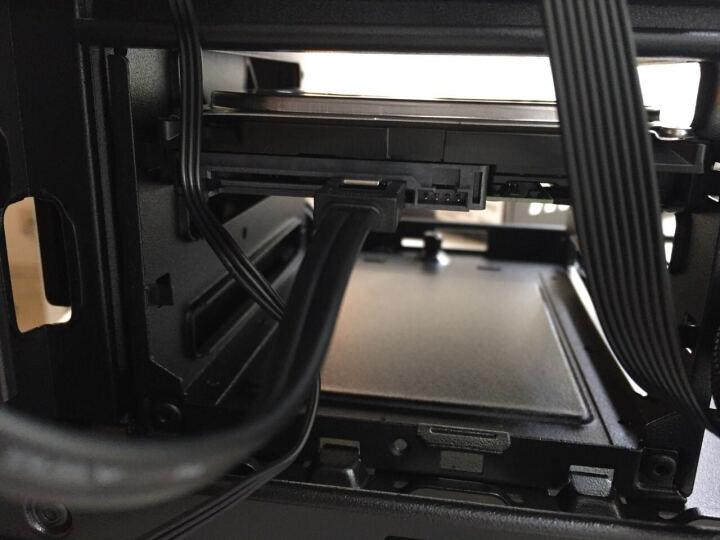 酷冷至尊(CoolerMaster)MasterBox 5 黑色 模组化中塔式机箱(支持EATX主板/USB3.0/双12cm风扇/支持水冷) 晒单图