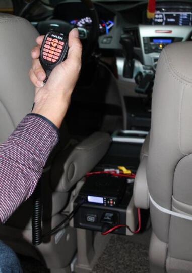 HELEN 海伦车台H-UV200B车载对讲机 大功率10-50公里自驾越野车用无线电台 HUV200B 12V双频多守+夹边天线 晒单图