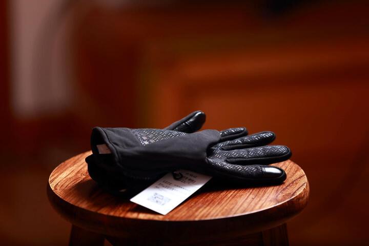 佰卓 摄影手套 单反相机 男女士防滑冬季雪乡冰雕内蒙东北户外玩雪 拍照防寒手套升级版 黑色L 晒单图