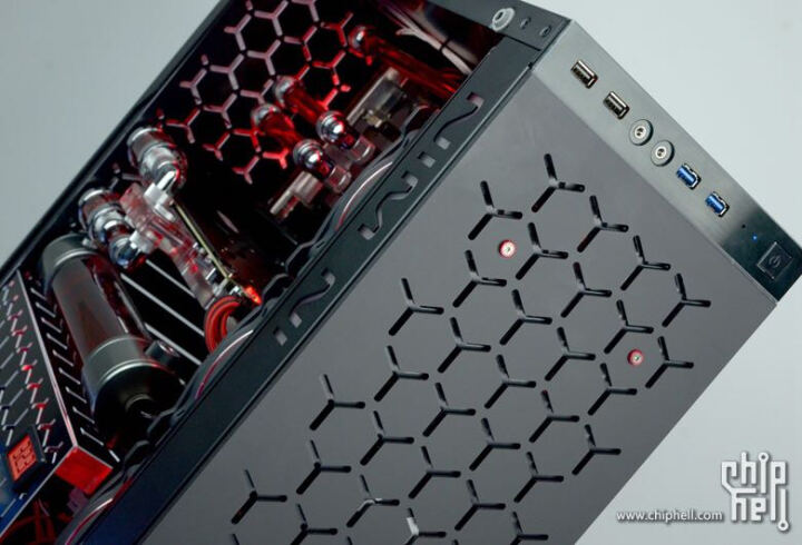 迎广(IN WIN)805 黑色 中塔式机箱(支持ATX主板/ 铝合金/钢化玻璃/双面侧透/U2*2+U3*2) 晒单图