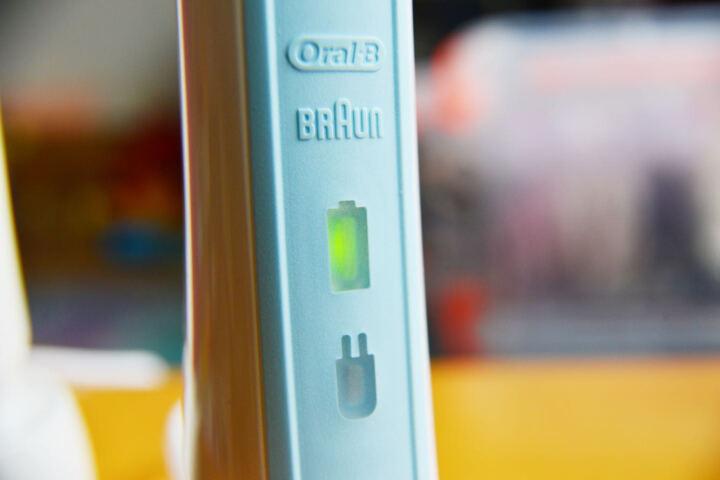 博朗 欧乐B(Oralb)电动牙刷头 4支装 柔软敏感型 适配成人2D/3D全部型号 EB17-4 晒单图