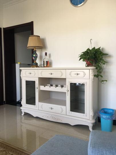 欧式白色柜子配深色家具效果图