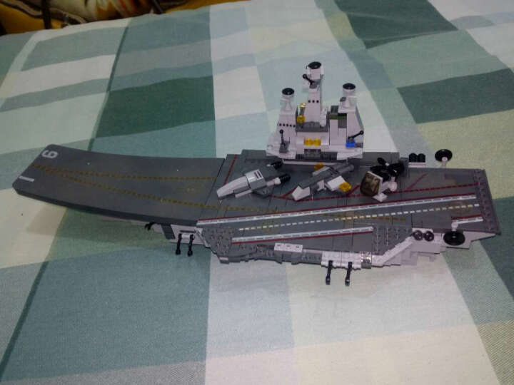 【多款合集】儿童积木玩具益智拼装模型立体拼插智力启蒙玩具男孩积木兼容乐高军事航母 全面出动(牵引直升机+牵引坦克)760片 晒单图