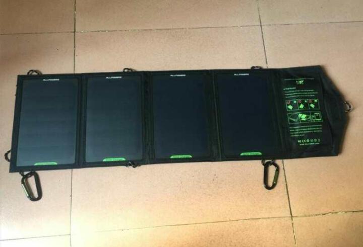 优思顿 太阳能充电折叠包充电宝移动电源光伏电池板防水通用便携折叠户外运动 5V18W 黑色不带电池 晒单图