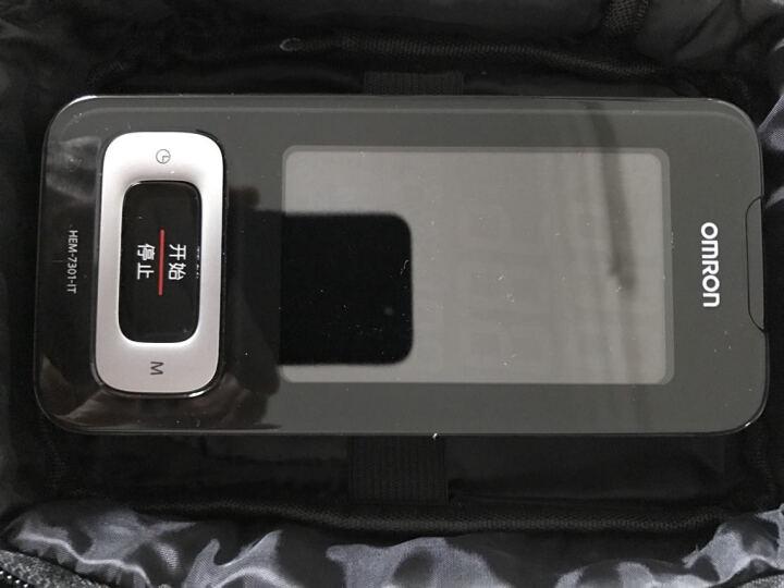 欧姆龙(OMRON) 欧姆龙 电子血压计家用臂式血压测量仪 送 无纺布手提袋 样式随机发 非血压计请慎拍 晒单图