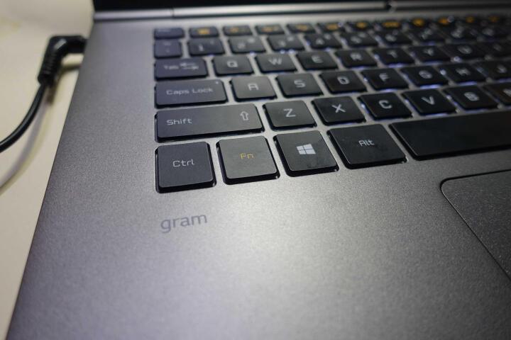 LG Gram(15Z970-G.AA53C)15.6英寸超轻薄笔记本电脑(i5-7200U 8G 256GB SSD FHD IPS Win10)白色 晒单图