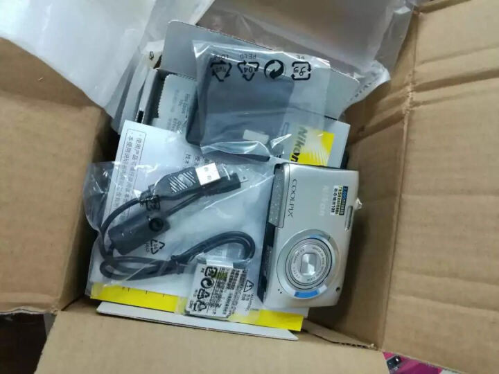 尼康(NIKON) Coolpix A100 轻便携型数码相机/卡片相机 黑色 官方标配 晒单图