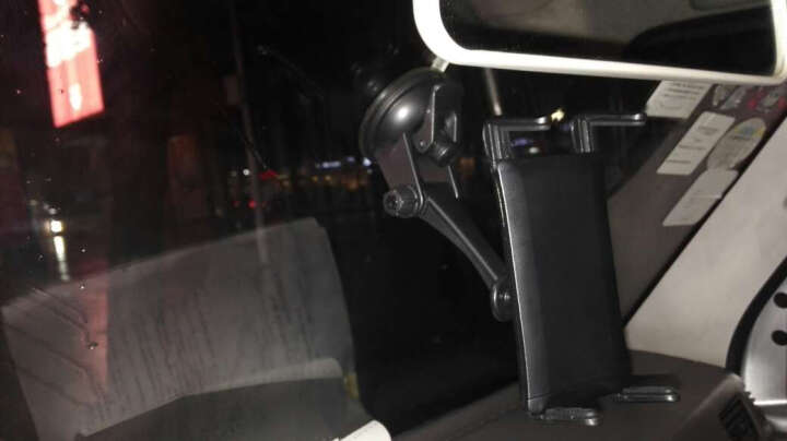 Snowkids 吸盘式 车载手机支架 GPS导航支架 仪表台支架 黑色 (大尺寸手机专用) 晒单图