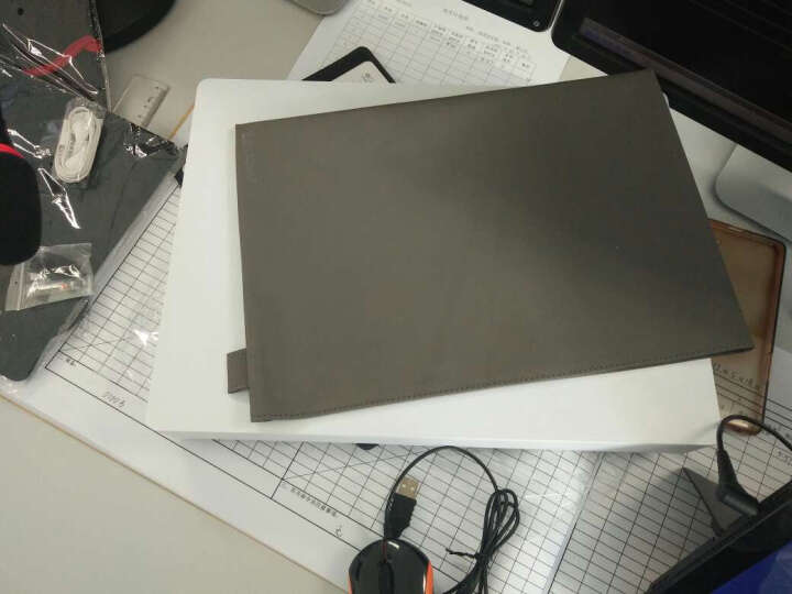 联想(Lenovo) Miix5/510 12.2英寸win10系统PC二合一笔记本平板 尊享版i5/8G/256G黑色带office 标配+换成蓝牙鼠标+激光翻页笔 晒单图